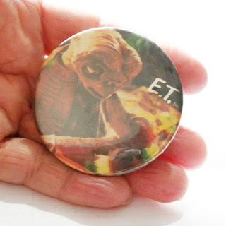 Original ET vintage badge