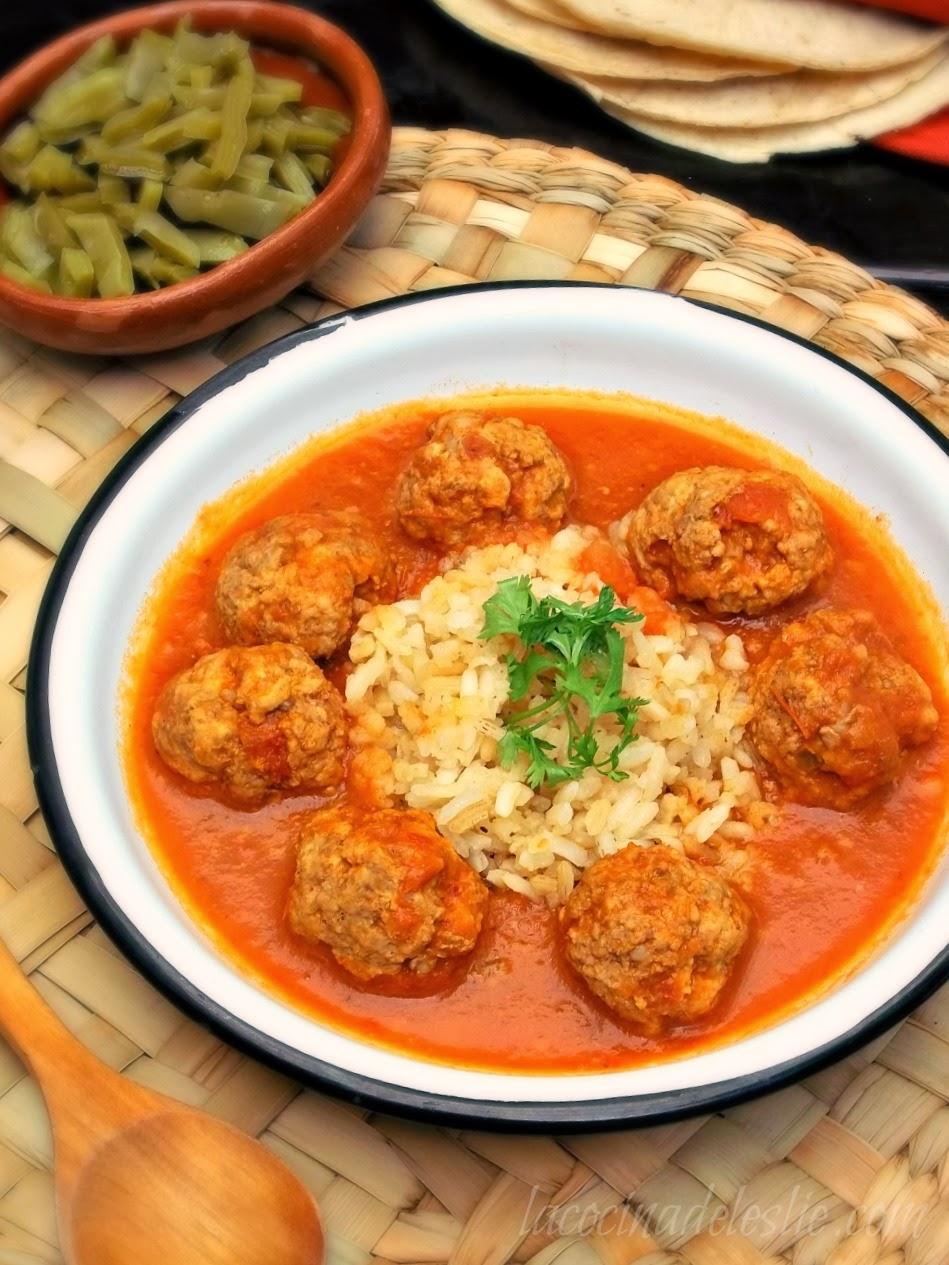 Mexican Meatballs in tomato-chipotle sauce (Albondigas al Chipotle) - lacocinadeleslie.com