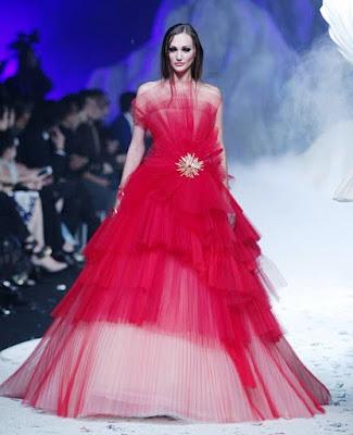 Model Gaun Pengantin Tanpa Lengan Warna Merah