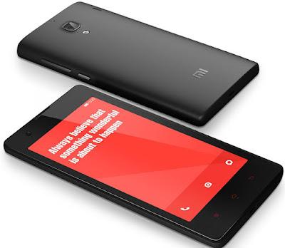 Spesifikasi Xiaomi Redmi (Hongmi)       Di spesifikasi tercantum internal memory-nya adalah 4GB, tapi ternyata 4GB ini terbagi menjadi 2, yaitu Internal Storage sebesar 2,14GB dan Phone Storage sebesar 0,91GB. Untuk pengguna yang sudah terbiasa memasang banyak aplikasi di dalam ponselnya pasti akan merasa banyak kekurangan memory. Untunglah Redmi ini bisa disupport oleh micro SD sebesar up to 32GB, sehingga urusan simpan menyimpan foto, lagu, dan file-file multimedia lainnya tidak menjadi masalah.   Di bagian depan terdapat layar IPS berukuran 4,7inchi, di bagian atas layar terdapat kamera berkemampuan 1,3MP, dan di bagian bawah terdapat 3 tombol, tombol menu, tombol home, dan tombol back. Tombol power berada di sisi kanan agak ke tengah, sementara tombol volume up dan down berada di atasnya. Di bagian sisi atas ponsel terdapat 1 lubang untuk earphone berukuran 3,5mm. Sementara di sisi bawah terdapat slot micro USB yang bisa digunakan untuk transfer data dan untuk mengisi baterai. Di sisi belakang terdapat kamera utama yang terletak di tengah agak ke atas, LED Flash berada di bawahnya. Di sebelah kanan kamera terdapat speaker. Ketika back cover dibuka, anda akan melihat baterai berwarna orange yang bisa dilepas, di sisi atasnya dari kir