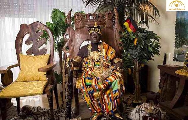 """لن تصدق ملك إفريقي يعمل  ميكانيكياً في ألمانيا.. ويدير مقاليد الحكم بلاده  بـ""""سكايب"""" شاهد كيف حكم بلاده !"""