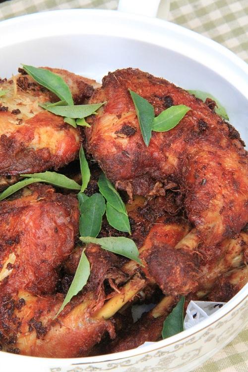 Resepi Ayam Goreng Berempah!!