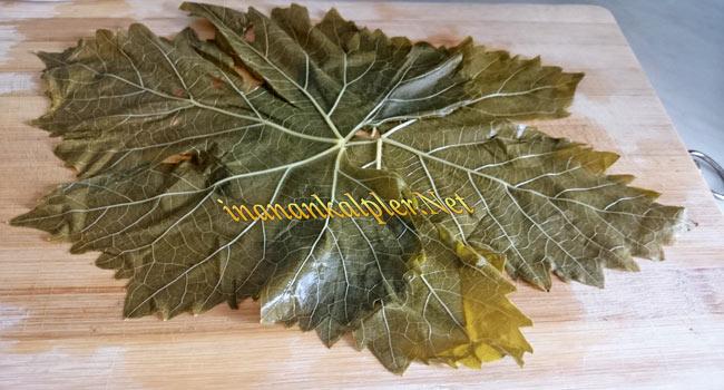 Haşlanmış asma yaprağı