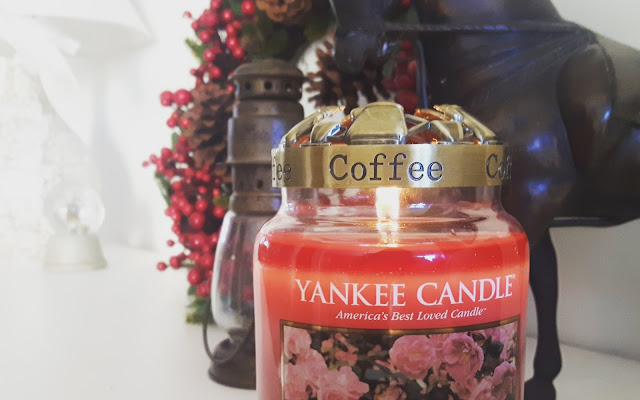 Yankee Candle - Roses Of Cliff Walk - Czytaj więcej »