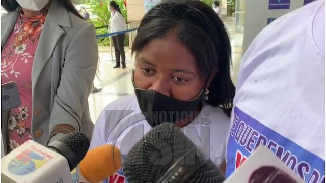 Procuradora Germán Brito garantiza pondrán empeño para esclarecer caso de la niña Liz María
