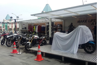 Pop-Up Container BMW Motorrad Indonesia