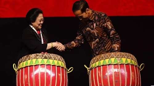 Nyanyian Maut Megawati dan Jokowi Effect Bisa Buat PDIP Menang Lagi