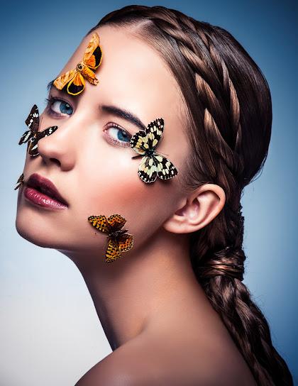 Sesja cała w motylach i kolorach - zdjęcie