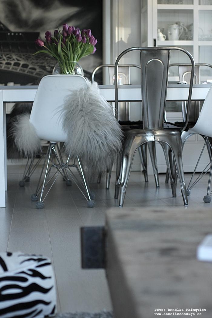 annelies design, silent socks, tulpaner, woodwick ljus, doftljus, ljus, fårskinn, fäll, skinn, inredning, kök, köket, matgrupp, matsal, köksstolar, webbutik, nätbutik, nettbutikk, nettbutikker, webbutiker, vitt, svart och vitt, svartivt, svartvita,