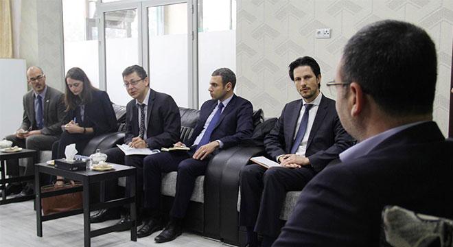 5 ülke büyükelçiliğinden oluşan heyet HÜDA PAR'ı ziyaret etti