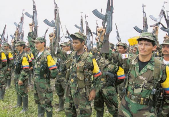 Κολομβία – Εγκρίθηκε η νέα ειρηνευτική συμφωνία με τους FARC