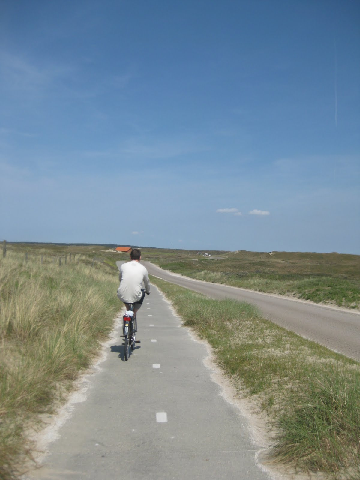 Biking around Texel