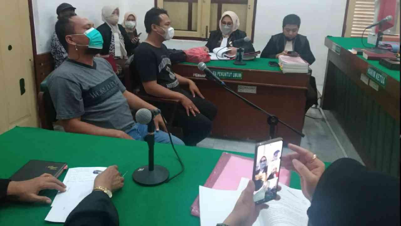 Hakim Tegur JPU dan Tunda Persidangan