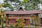 Desa Wisata Khas Sunda Saung Ciburial-Garut