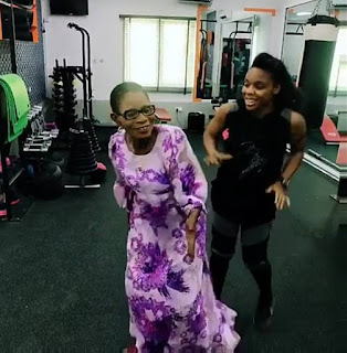 Kafayat Oluwatoyin Shafau ( Kaffy) dances with Mum