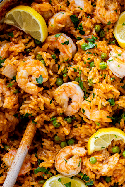 Easy Garlic Butter Shrimp and Rice