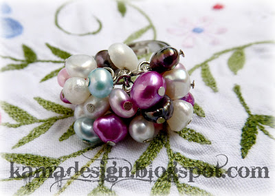Handmade ring with freshwater pearls