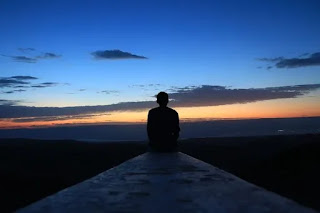 بين الدين والفلسفة والعلم ما معنى الحياة؟