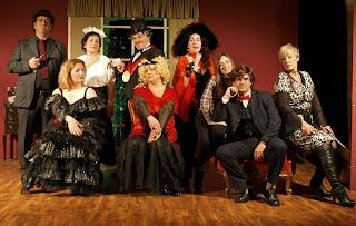 'Πάμε Πρεμιέρα ή Τι απέγινε ο Σερ Πέρσιβαλ;', από την Ομάδα Τέχνης Θεατράλε, σε σκηνοθεσία Κορνήλιου Ρουσάκη