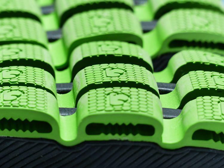 Suelas de zapatos hechas con elastómeros