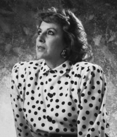 https://www.notasrosas.com/Vicky, una cantautora de grandes kilates
