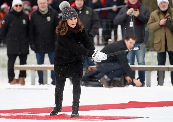 Kate Middleton and Prince William attended a Bandy hockey match