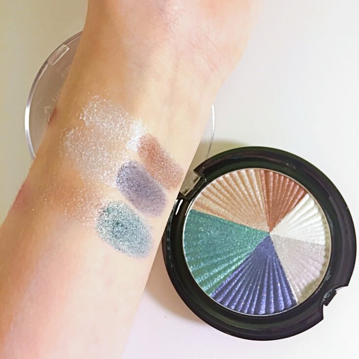 wet n wild color icon Eyeshadow Water swatch