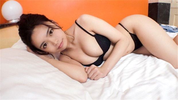 SIRO-4211 【初撮り】【美尻を眺めて..】【恥じらい19歳の裏バイト】...