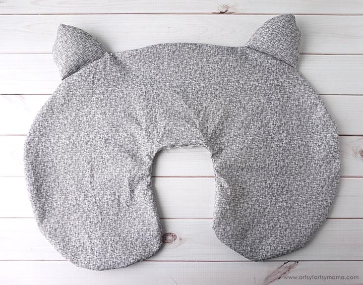 How to crochet a pillow cat /// DIY PDF | 565x720