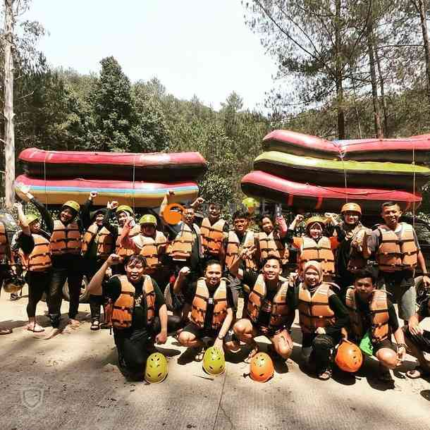 rafting gravity adventure