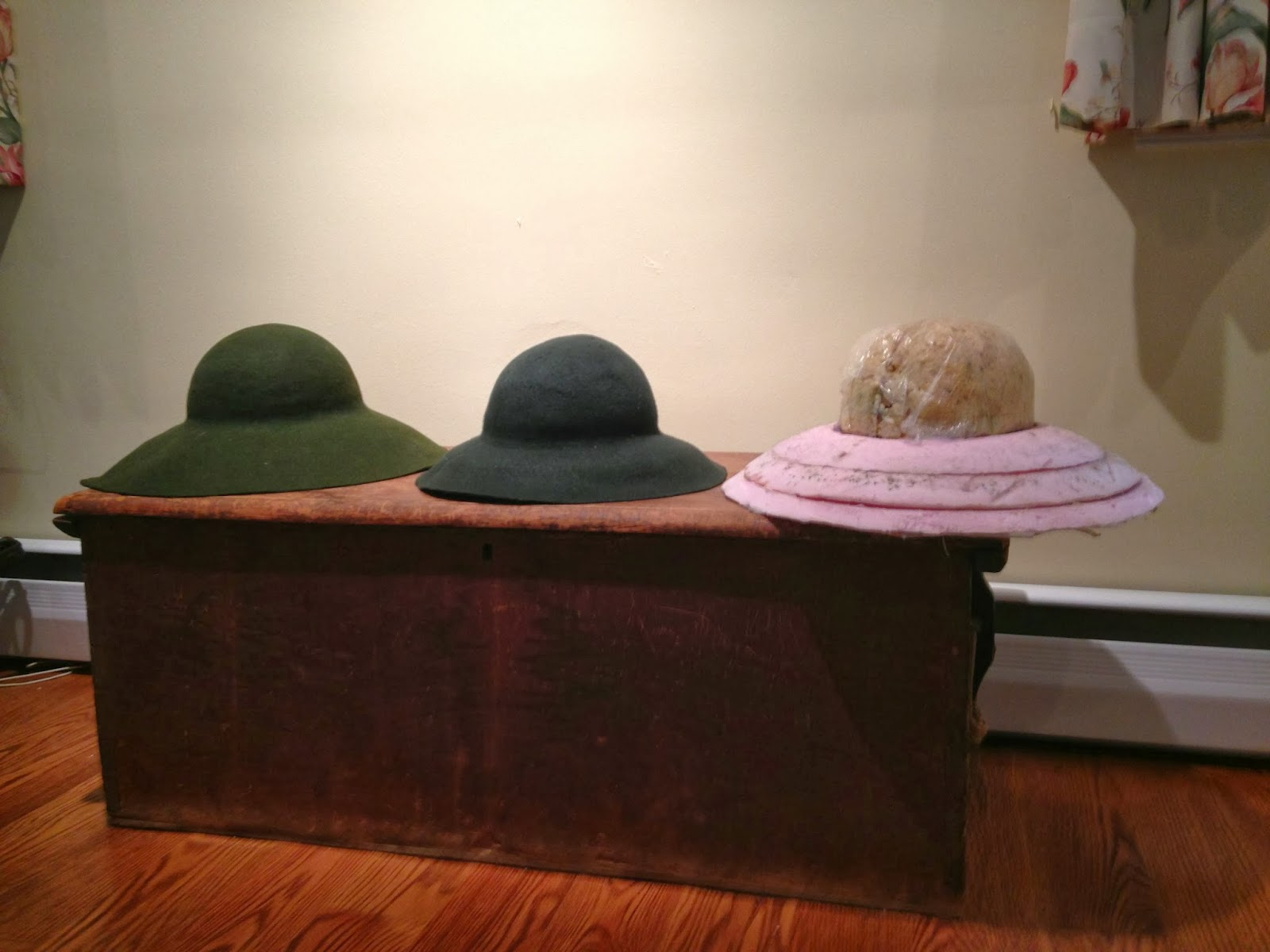 6193eb52b5b Here is what I have learned about hatmaking so far.
