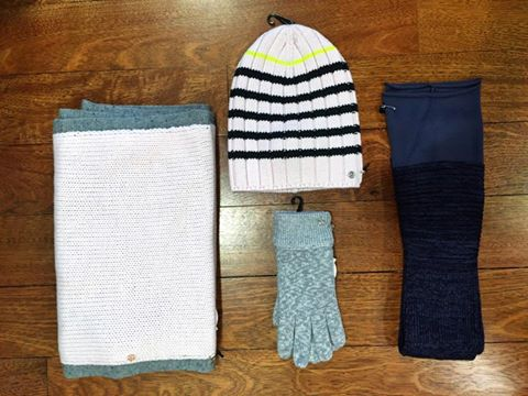 lululemon blissed out glove leg-warmer scarf toque