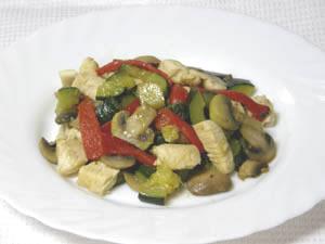 Peito de frango com verduras