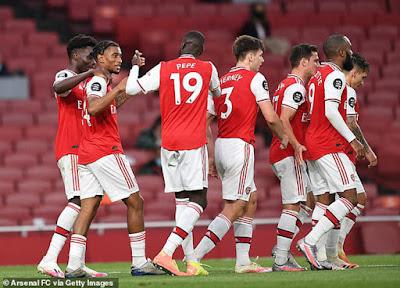 """Triệu fan Arsenal phẫn nộ với SAO Liverpool, HLV Arteta vẫn kém vui vì """"nghèo"""" 4"""