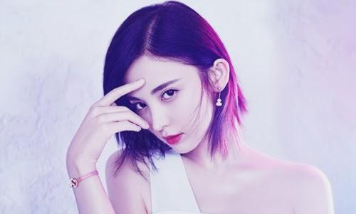 adalah seorang aktris dan model asal China yang terlahir dari keturunan  Biodata Guli Nazar Si Bidadari Tercantik dari Suku Uighur Vs Dilraba Dilmurat