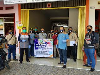 IWO Indramayu -Rumah Zakat Bagikan 200 Paket Sembako untuk Warga Terdampak COVID-19