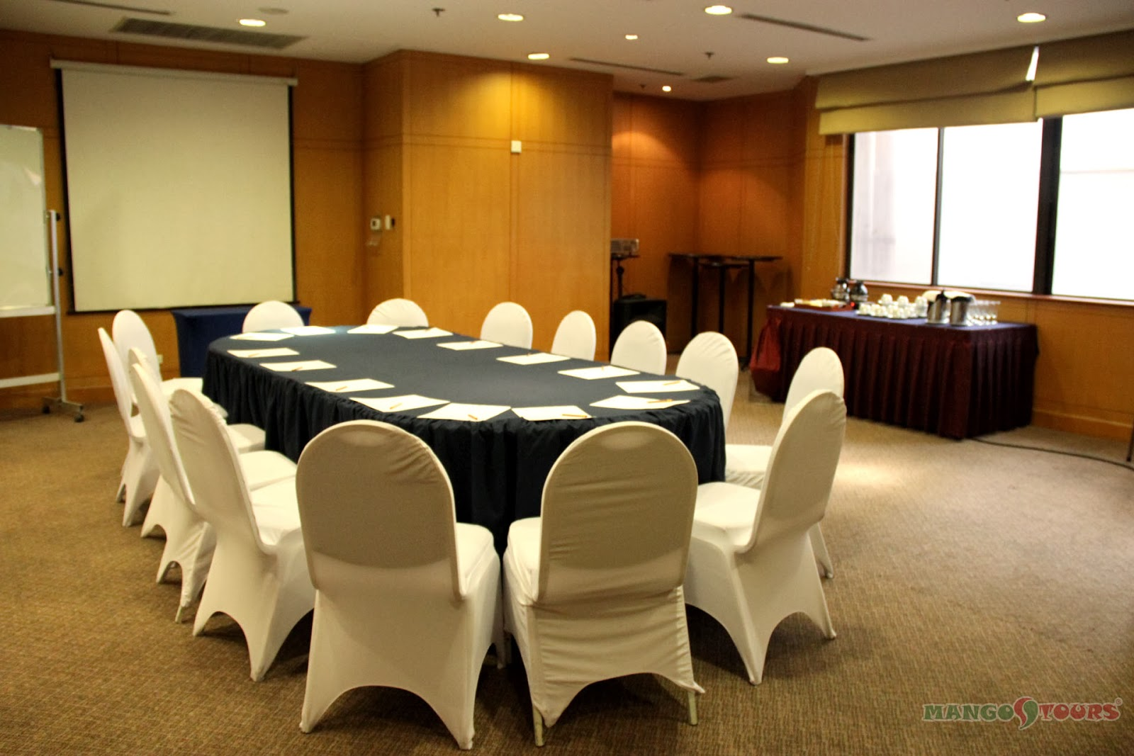 City Garden Hotel Makati conference/function room
