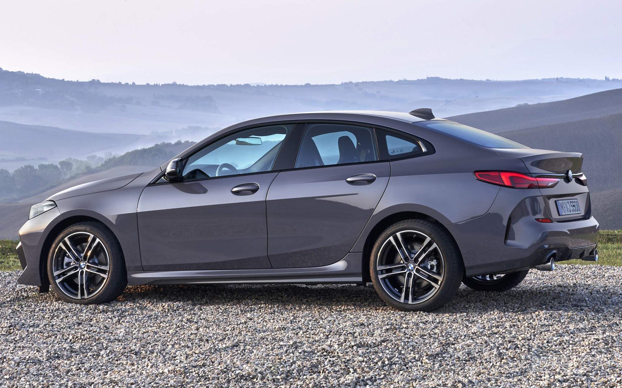 BMW mantém descontos e taxa de 0,49% para Série 1, 2 e X2 - julho