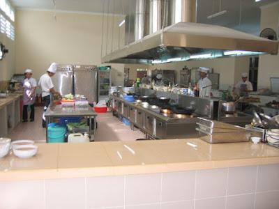 0123 688 3636 - Phân phối bếp công nghiệp chất lượng tốt, giá cực rẻ
