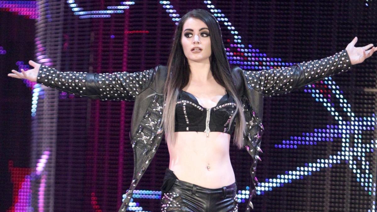 Paige está trabalhando para voltar aos ringues da WWE