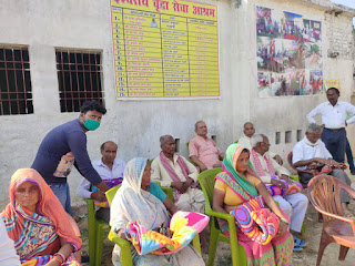 celebrate-diwali-in-old-age-home