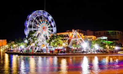 Tempat Menarik di Melaka Waktu Malam Melaka River Pirate Park