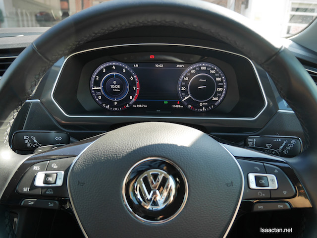 """Check out the active info display on the dashboard, 12.2"""" full colour high res TFT display!"""