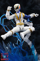 Power Rangers Lightning Collection SPD Omega Ranger & Uniforce Cycle 19