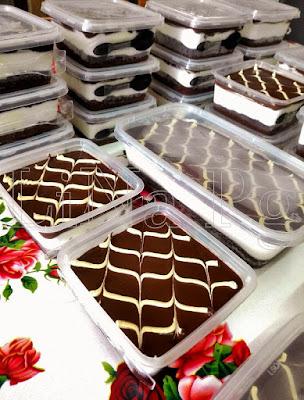 Kek coklat cheese momok