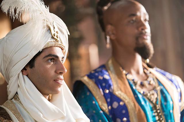 """""""Aladdin"""" domina a bilheteria global com abertura de US$ 207 milhões"""