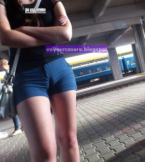 fotos-cameltoe-marcando-shorts