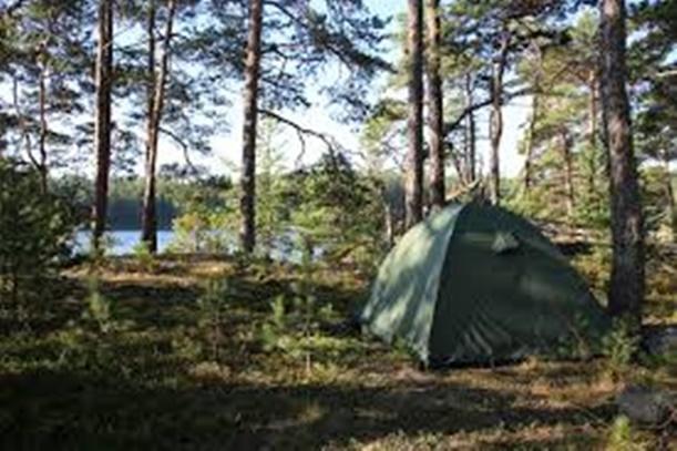 Mencari Temapt Untuk Mendirikan Tenda