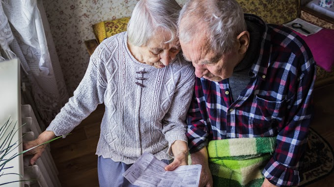 Brutális pénzeket kapnak a nyugdíjasok: Jön a 13. havi és a prémium is