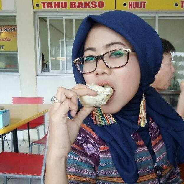 Nda Seorang Janda Beragama Islam Berprofesi Karyawati Di Jakarta, Provinsi DKI (Daerah Khusus Ibukota) Mencari Jodoh Pasangan Pria Untuk Jadi Calon Suami